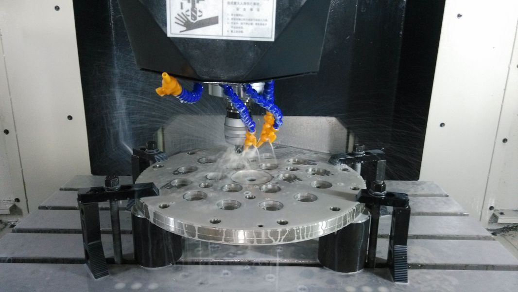 UV Cover Processed By GQ700 Back-Door Type Machining Center